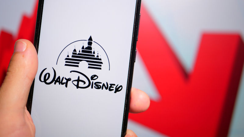 Walt Disney Co (DIS) Stock Declines -6.13% This Week: How Does it Score?