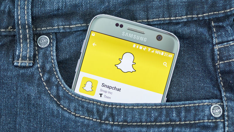 Snap Inc (SNAP) Stock Adds 30.49% This Month: How Does it Score?