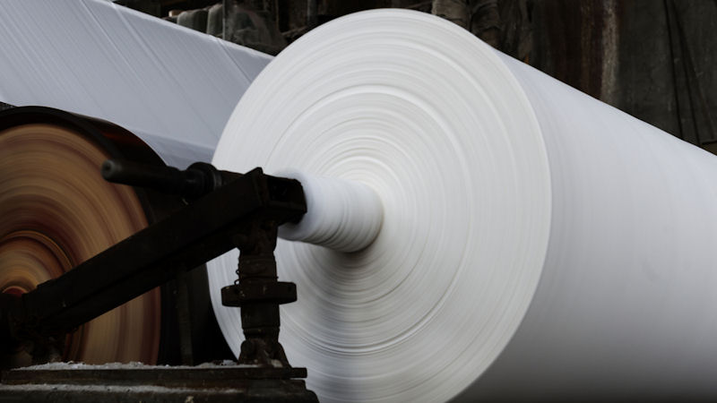 International Paper (IP) Stock Declines -7.41% This Week: How Does it Score?