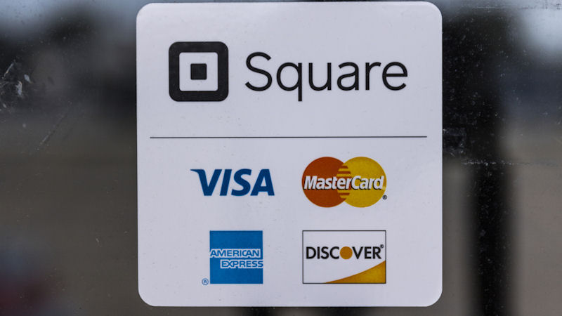 Square (SQ) Stock Falls -15%: How Does it Score?