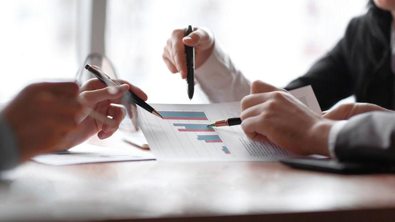 Premarket Mover: Nielsen Holdings PLC (NLSN) Up 6.96%