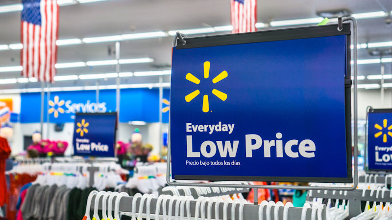 Walmart Inc (WMT) Stock Falls -2.3%: How Does it Score?