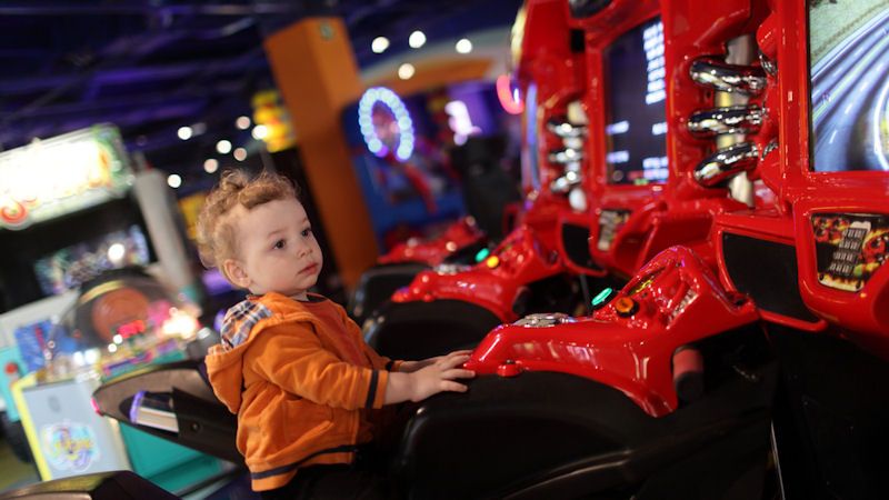 Dave & Buster's (PLAY) Stock Drops -21.4%: What's Next?