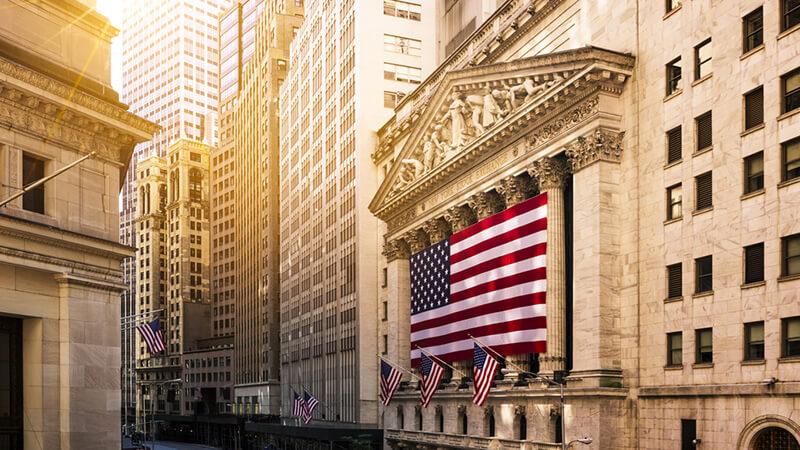 4 Domestic Stocks to Buy on Global Economic Uncertainties