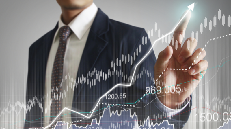 Should Banks - Diversified Stock JPMorgan Chase & Co. (JPM) Be in Your Portfolio Thursday?