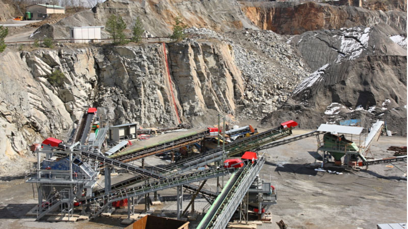 Should You Buy Northern Dynasty Minerals Ltd (NAK) Stock on Friday?