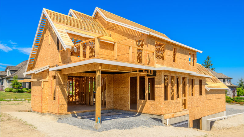Is Lennar Corporation (LEN) a Smart Choice in Residential Construction Friday?