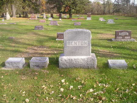 BENTON, FAMILY - Black Hawk County, Iowa   FAMILY BENTON