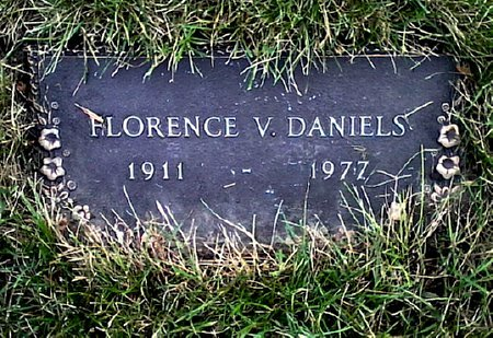 DANIELS, FLORENCE V. - Black Hawk County, Iowa | FLORENCE V. DANIELS