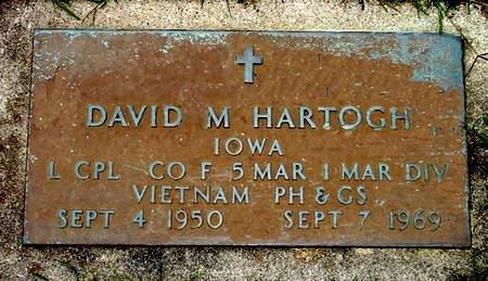 HARTOGH, DAVID M. (MIL. PLAQUE) - Black Hawk County, Iowa | DAVID M. (MIL. PLAQUE) HARTOGH