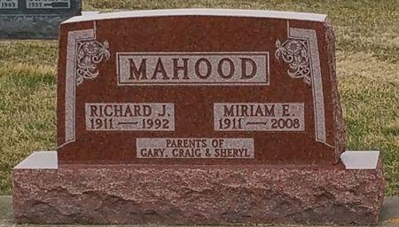 MAHOOD, RICHARD J - Black Hawk County, Iowa   RICHARD J MAHOOD