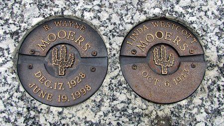 MOOERS, R. WAYNE - Black Hawk County, Iowa   R. WAYNE MOOERS