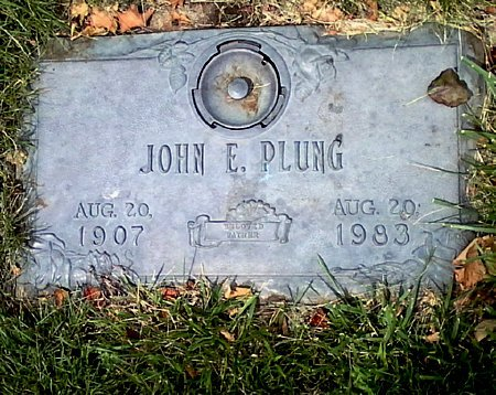 PLUNG, JOHN E. - Black Hawk County, Iowa | JOHN E. PLUNG
