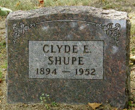 SHUPE, CLYDE E. - Black Hawk County, Iowa | CLYDE E. SHUPE