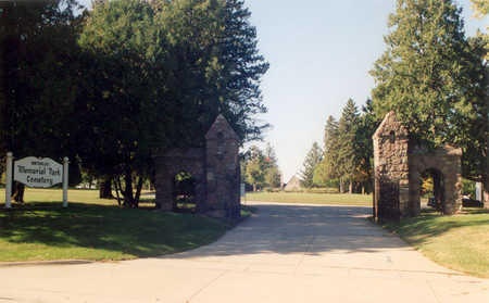 WATERLOO MEMORIAL PARK, CEMETERY - Black Hawk County, Iowa   CEMETERY WATERLOO MEMORIAL PARK