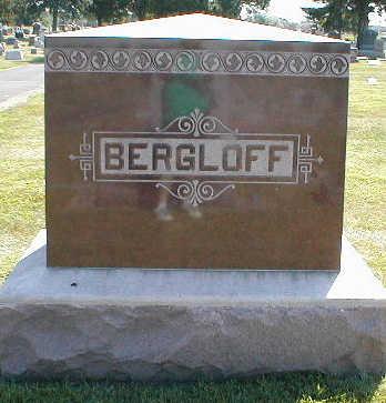 BERGLOFF, FAMILY - Boone County, Iowa | FAMILY BERGLOFF