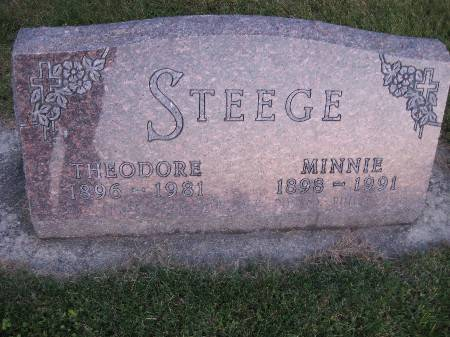 STEEGE, MINNIE - Bremer County, Iowa   MINNIE STEEGE