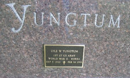 YUNGTUM, LYLE W. - Bremer County, Iowa   LYLE W. YUNGTUM