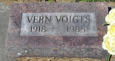 VOIGTS, VERN - Butler County, Iowa | VERN VOIGTS