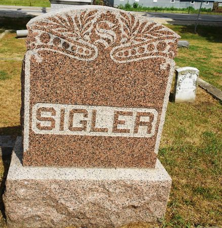 SIGLER, FAMILY MEMORIAL - Calhoun County, Iowa | FAMILY MEMORIAL SIGLER