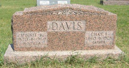 DAVIS, MINNIE B. - Carroll County, Iowa   MINNIE B. DAVIS