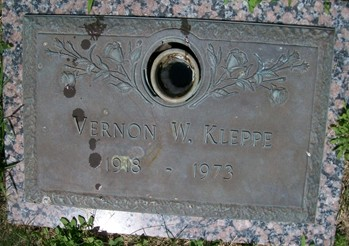 KLEPPE, VERNON W. - Cedar County, Iowa | VERNON W. KLEPPE