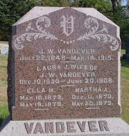 VANDEVER, J. W. & LAURA - Cherokee County, Iowa   J. W. & LAURA VANDEVER