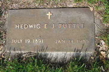 WOLFF TUTTLE, HEDWIG ELLA JULIANA - Chickasaw County, Iowa | HEDWIG ELLA JULIANA WOLFF TUTTLE