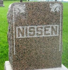 NISSEN, FAMILY MONUMENT - Clay County, Iowa   FAMILY MONUMENT NISSEN