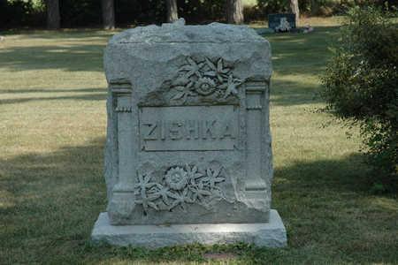ZISHKA, FAMILY MONUMENT - Clay County, Iowa   FAMILY MONUMENT ZISHKA
