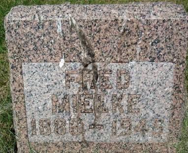 MIELKE, FRED - Clayton County, Iowa   FRED MIELKE