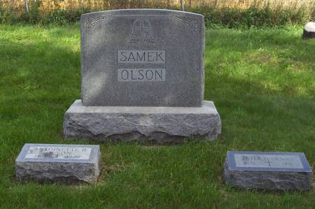 SAMEK-OLSON, FAMILY TOMBSTONE - Clayton County, Iowa | FAMILY TOMBSTONE SAMEK-OLSON