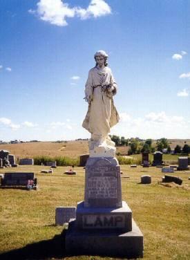 LAMP ?, FAMILY MONUMENT - Clinton County, Iowa | FAMILY MONUMENT LAMP ?