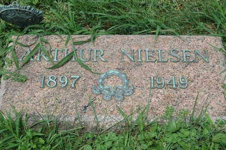 NIELSEN, ARTHUR - Clinton County, Iowa | ARTHUR NIELSEN