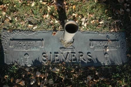 SIEVERS, LOWELL E. - Clinton County, Iowa | LOWELL E. SIEVERS