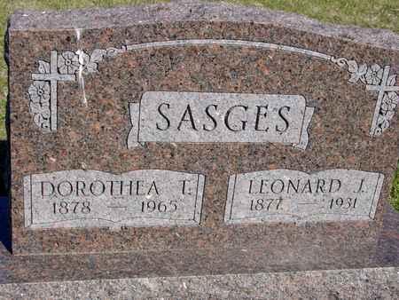 SASGES, LEONARD & DOROTHEA - Crawford County, Iowa | LEONARD & DOROTHEA SASGES