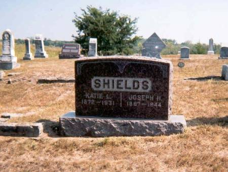 SHIELDS, JOSEPH H. AND KATIE (DAY) - Decatur County, Iowa | JOSEPH H. AND KATIE (DAY) SHIELDS