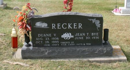 RECKER, DUANE V. - Dubuque County, Iowa | DUANE V. RECKER