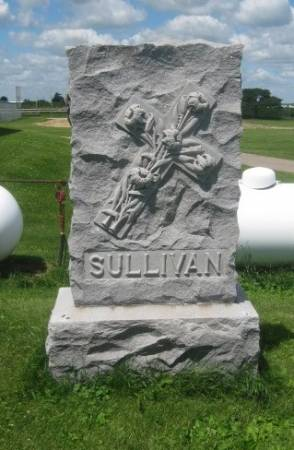 SULLIVAN, FAMILY MONUMENT - Dubuque County, Iowa   FAMILY MONUMENT SULLIVAN