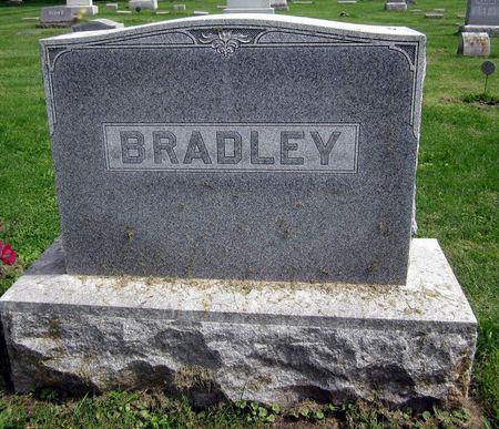 BRADLEY, FAMILY MONUMENT - Fayette County, Iowa | FAMILY MONUMENT BRADLEY