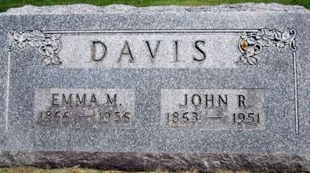DAVIS, JOHN R. - Fayette County, Iowa   JOHN R. DAVIS