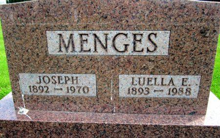 MENGES, LUELLA E. - Fayette County, Iowa   LUELLA E. MENGES