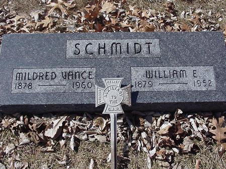 SCHMIDT, MILDRED AND WILLIAM E. - Floyd County, Iowa | MILDRED AND WILLIAM E. SCHMIDT