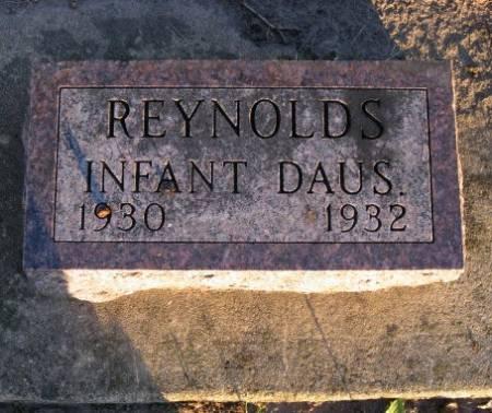 REYNOLDS, INFANT DAUGHTERS - Floyd County, Iowa | INFANT DAUGHTERS REYNOLDS