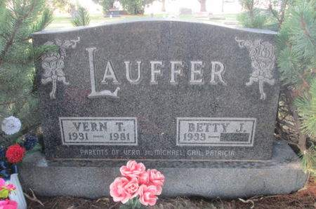 LAUFFER, VERN T. - Franklin County, Iowa   VERN T. LAUFFER