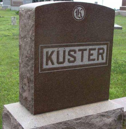 KUSTER, FAMILY MONUMENT - Guthrie County, Iowa   FAMILY MONUMENT KUSTER