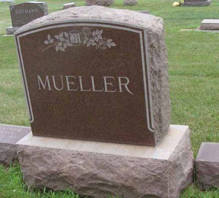 MUELLER, FAMILY MONUMNET - Guthrie County, Iowa | FAMILY MONUMNET MUELLER