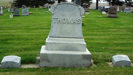 THOMAS, MOORMAN FAMILY STONE - Guthrie County, Iowa   MOORMAN FAMILY STONE THOMAS