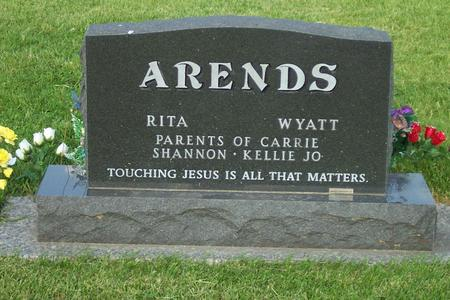 ARENDS, WYATT JR. FAMILY STONE - Hamilton County, Iowa   WYATT JR. FAMILY STONE ARENDS
