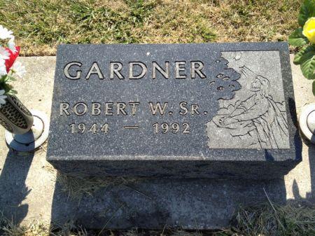 GARDNER, ROBERT W., SR. - Hamilton County, Iowa   ROBERT W., SR. GARDNER
